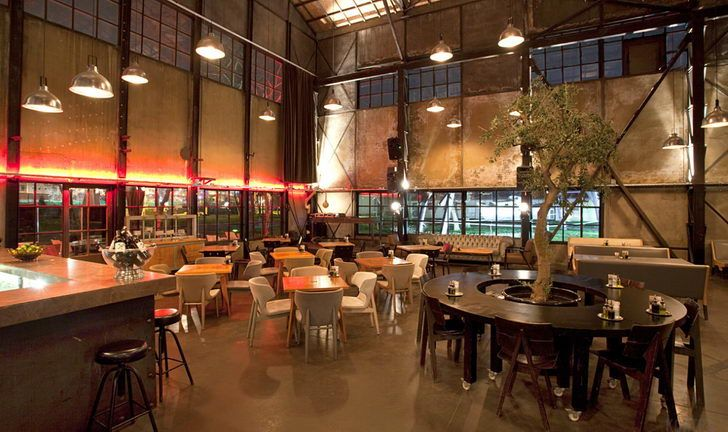 Modern and Rustic Cafe Ideas