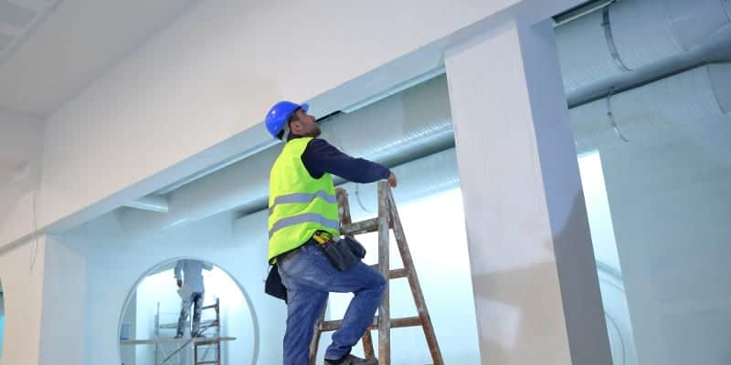 Top 6 Reasons Why You Should Hire A Professional Painter