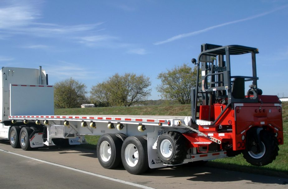 Common Uses of Flatbed Trucks for Sale