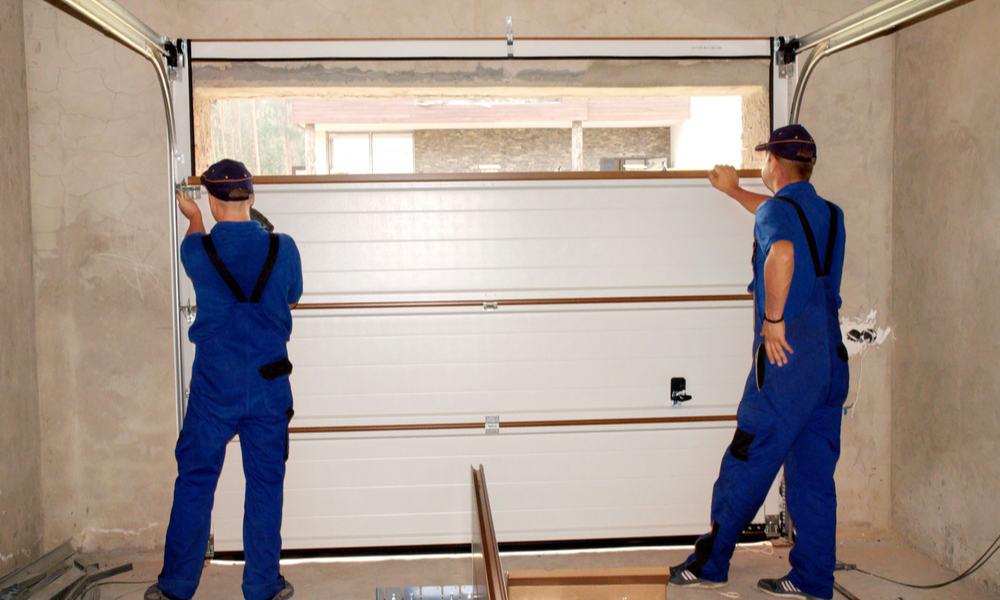 4 Tips for Cleaning Your Garage Door